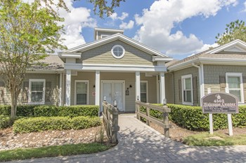 4503 Cove Drive 1-4 Beds Apartment for Rent Photo Gallery 1
