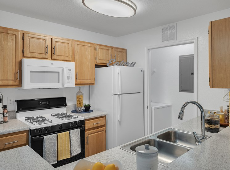 Brookside Apartments for rent in Newberry, FL. Make this community your new home or visit other ConcordRENTS communities at ConcordRENTS.com. Kitchen