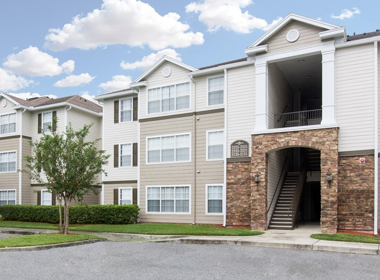 Club at Eustis Apartments for rent in Eustis, FL. Make this community your new home or visit other Concord Rents communities at ConcordRents.com. Building exterior