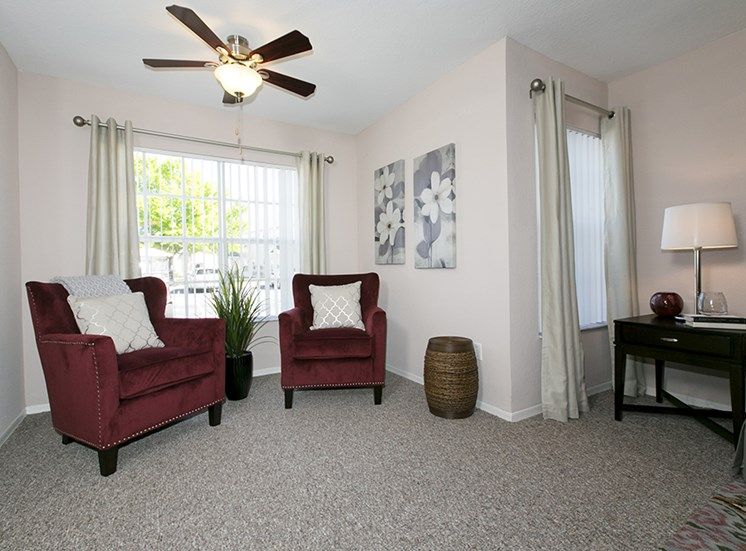 Brooke Commons Apartments for rent in Orlando, FL. Make this community your new home or visit other Concord Rents communities at ConcordRents.com. Living room