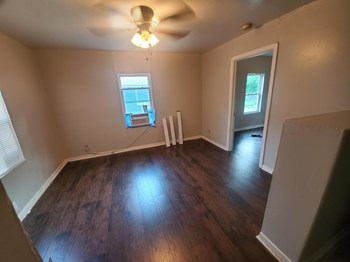 609 Bermuda Street 3 Beds Apartment for Rent Photo Gallery 1