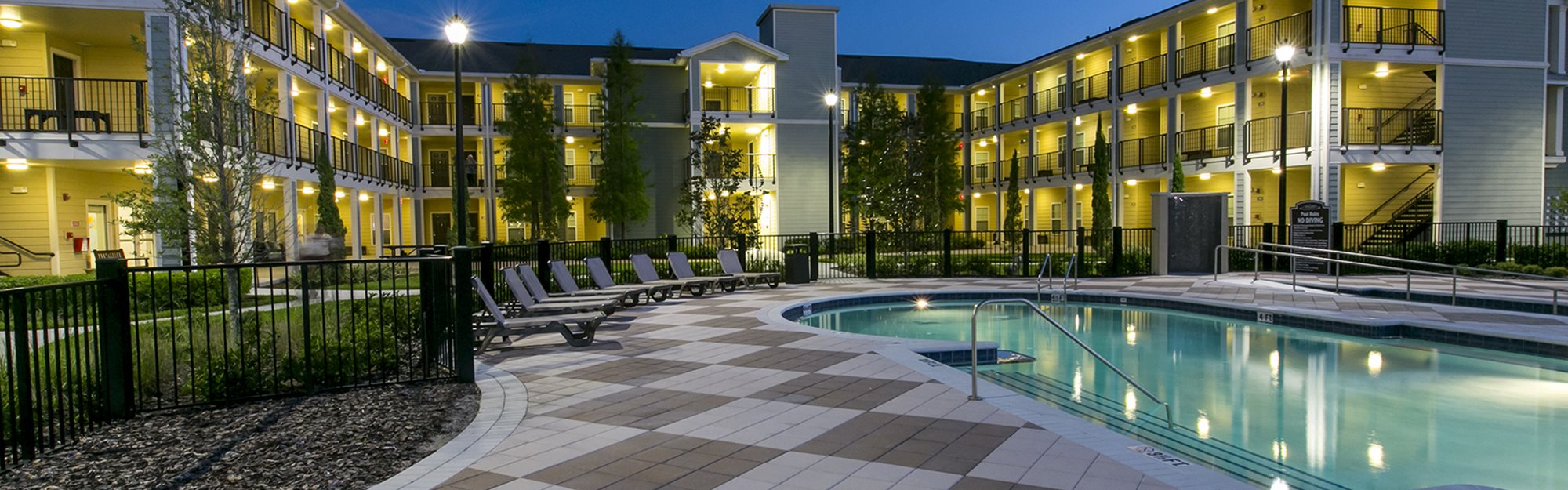 Fountains at Pershing Park Apartments for rent in Orlando, FL. Make this community your new home or visit other Concord Rents communities at ConcordRents.com. Pool