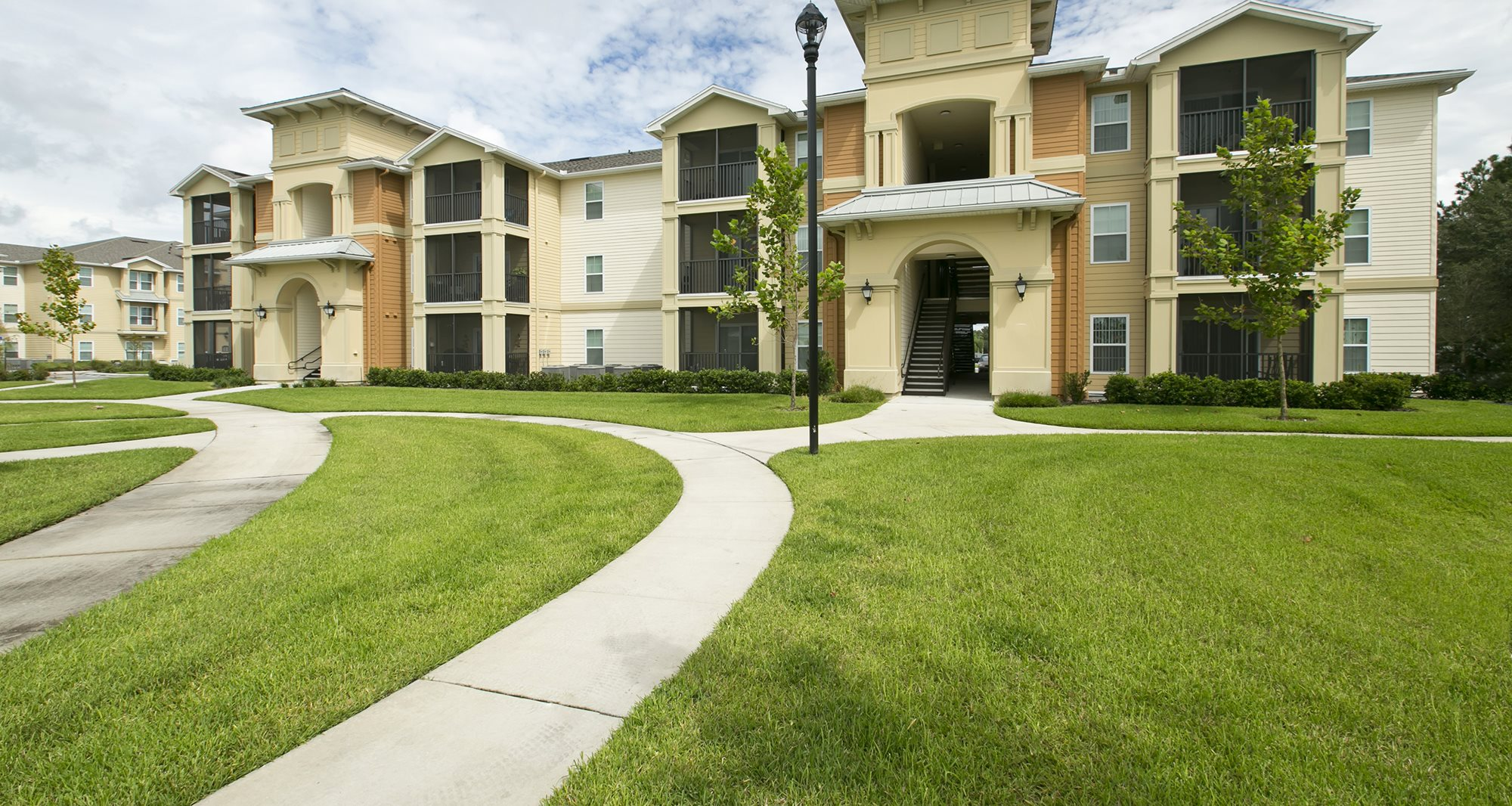 Fountains at San Remo Court Apartments for rent in Kissimmee, FL. Make this community your new home or visit other Concord Rents communities at ConcordRents.com. Building exterior