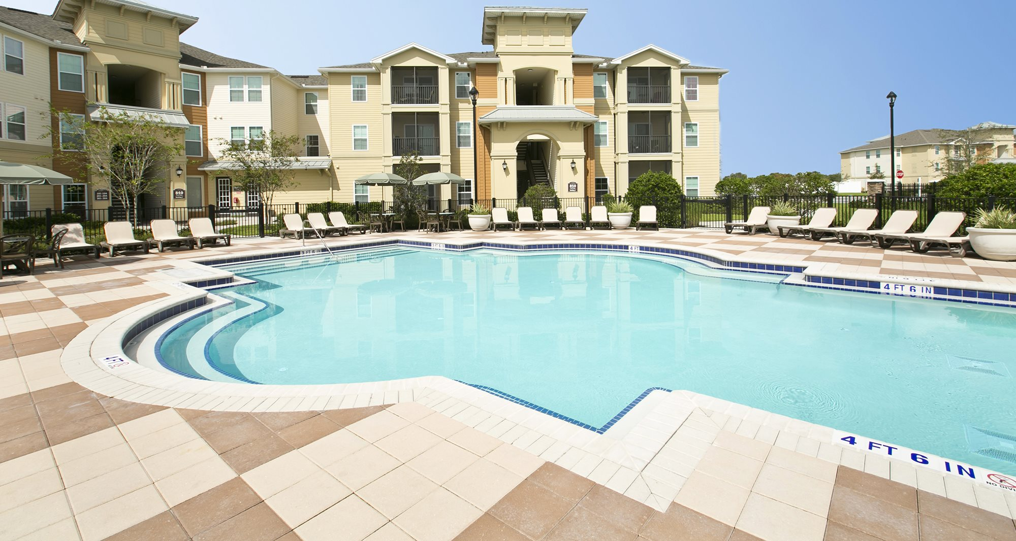 Apartments in Kissimmee, FL | Fountains at San Remo Court