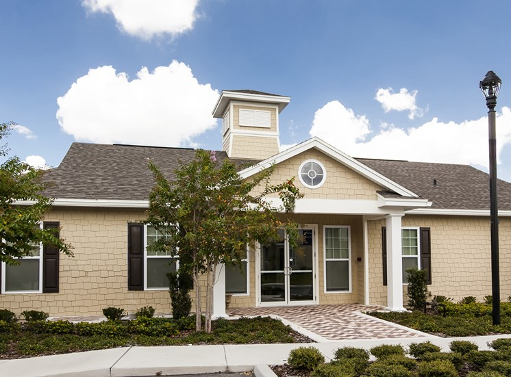 Howell Branch Cove Apartments for rent in Winter Park, FL. Make this community your new home or visit other Concord Rents communities at ConcordRents.com. Clubhouse