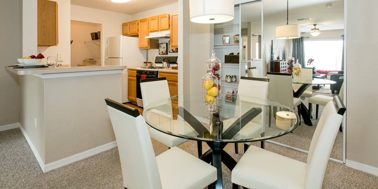 Lake Harris Cove Apartments for rent in Leesburg, FL. Make this community your new home or visit other Concord Rents communities at ConcordRents.com. Dining room
