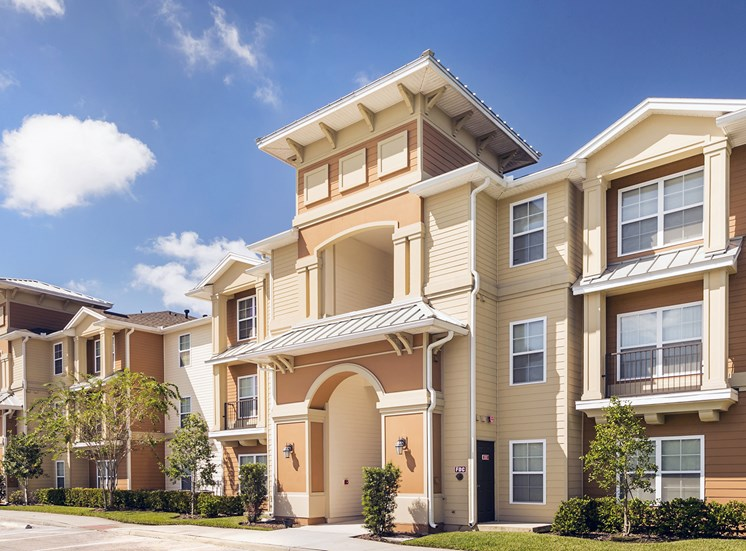 Lakewood Pointe Apartments for rent in Seffner, FL. Make this community your new home or visit other Concord Rents communities at ConcordRents.com. Building exterior