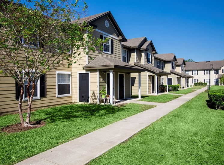 Nassau Club Apartments for rent in San Fernandina Beach, FL. Make this community your new home or visit other Concord Rents communities at ConcordRents.com. Building exterior