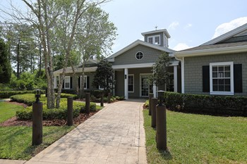 225 Ponce Harbor Dr. 1-4 Beds Apartment for Rent Photo Gallery 1