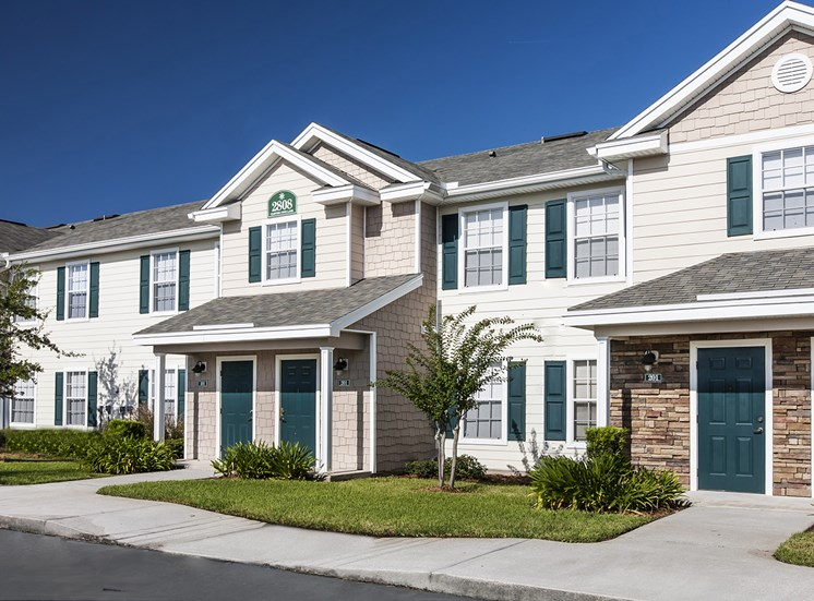 Regatta Bay Apartments for rent in Kissimmee, FL. Make this community your new home or visit other ConcordRENTS communities at ConcordRENTS.com. Building exterior