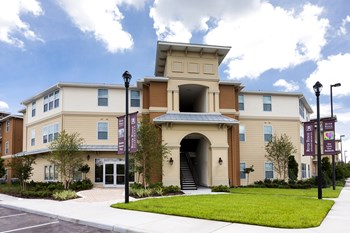 9957 Hidden River Drive 1-4 Beds Apartment for Rent Photo Gallery 1