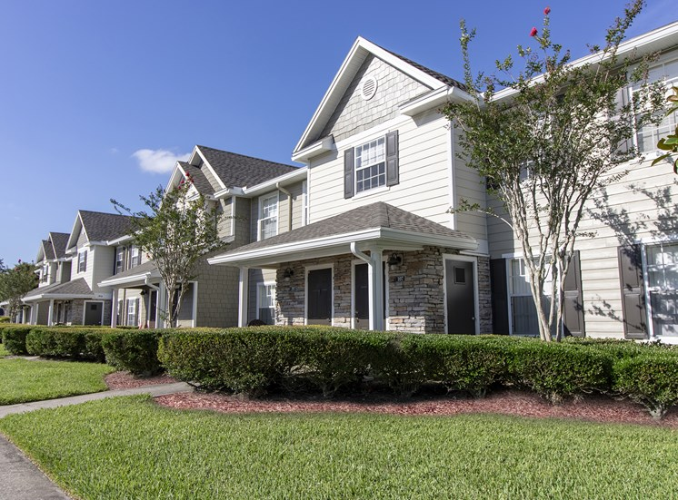Waterford East Apartments for rent in Orlando, FL. Make this community your new home or visit other Concord Rents communities at ConcordRENTS.com. Building exterior
