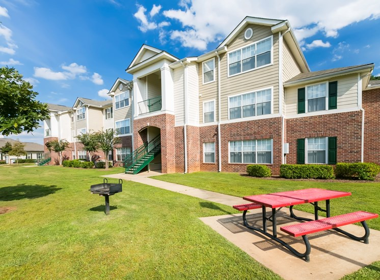 Westwood Club Apartments for rent in Evans, GA. Make this community your new home or visit other Concord Rents communities at ConcordRENTS.com. Picnic area