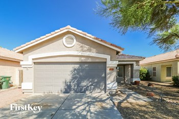 15612 W MAGNOLIA Street 3 Beds House for Rent Photo Gallery 1