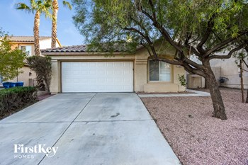 7609 Sierra Paseo Lane 3 Beds House for Rent Photo Gallery 1