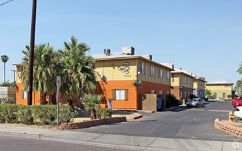 3044 East Fillmore St 2 Beds Apartment for Rent Photo Gallery 1