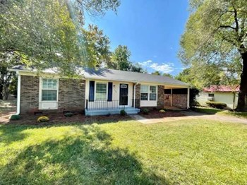 5656 Chancellorsville Drive 3 Beds House for Rent Photo Gallery 1