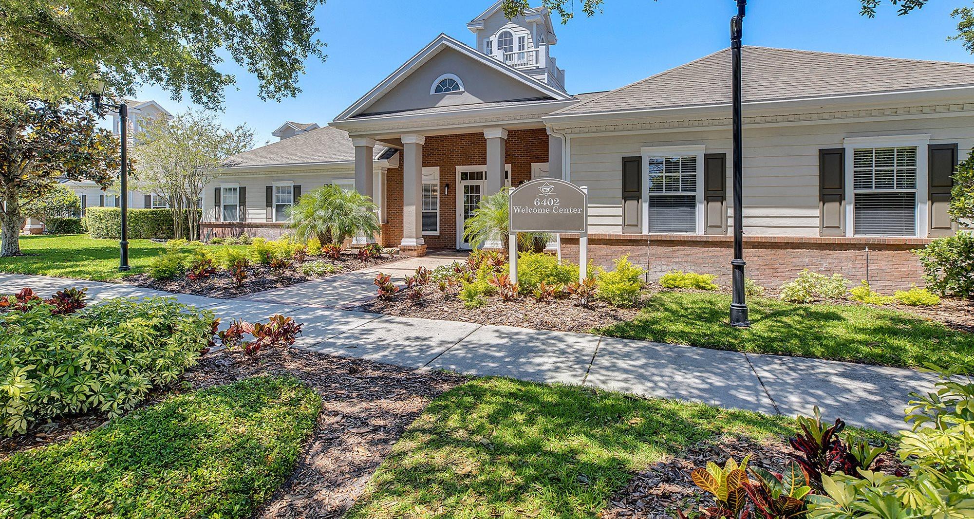 Apartments in Tampa, FL | Hunters Run Apartments | Concord