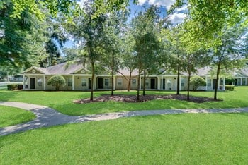 1508 Spring Lake Cove Lane 2-3 Beds Apartment for Rent Photo Gallery 1