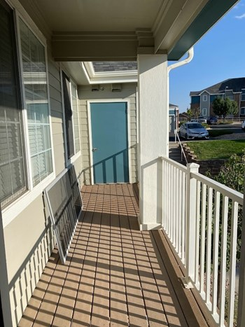 2705 S Danube Way #209 2 Beds House for Rent Photo Gallery 1