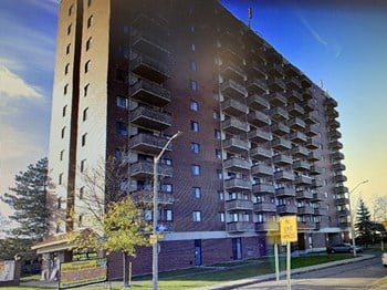 1245 Walkley Rd 2 Beds Apartment for Rent Photo Gallery 1