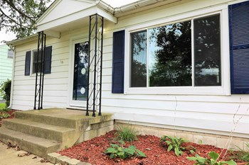309 Maple St 3 Beds House for Rent Photo Gallery 1