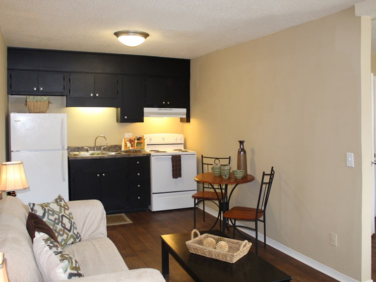 Tara Garden Apartments in Huntsville, Alabama newly renovated studio apartment