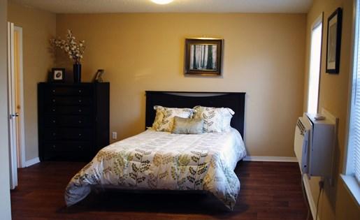 Tara Garden Apartments in Huntsville, AL 35806 studio bedroom