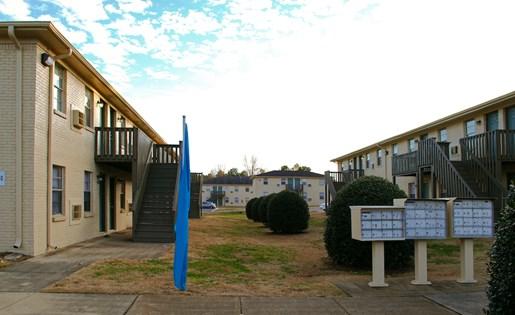 Tara Garden Apartments in Huntsville, AL 35806 apartment homes & mailboxes
