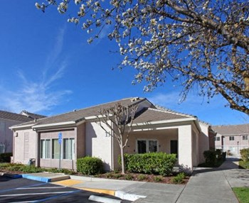 2225 Glacier Drive 1-4 Beds Apartment for Rent Photo Gallery 1