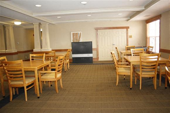 Senior Living at Renaissance Place Apartments Community Room