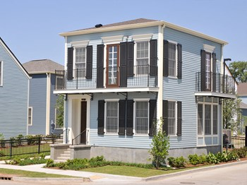 2200 Lafitte Avenue 1-3 Beds Apartment for Rent Photo Gallery 1