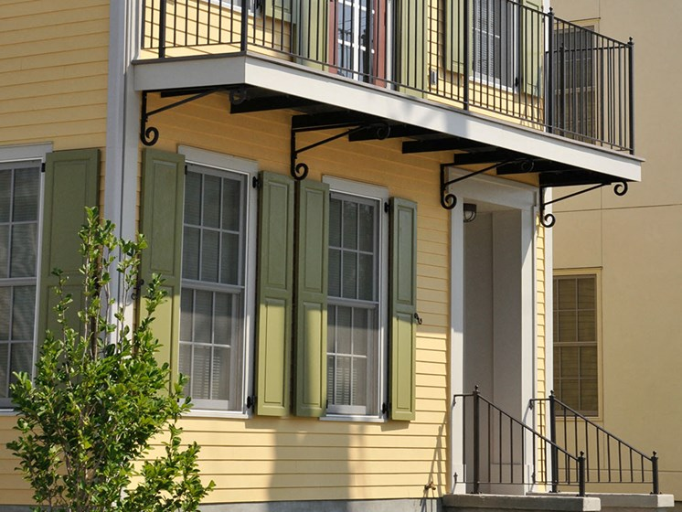 Exterior apartment building and balcony_Lafitte,New Orleans, LA