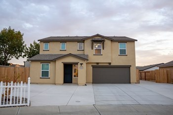 608 Heitz Ct. 4 Beds House for Rent Photo Gallery 1