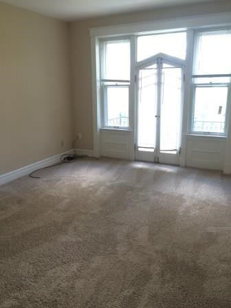 6156 Pershing Ave. 2 Beds Apartment for Rent Photo Gallery 1