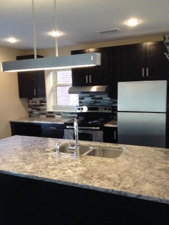 6014 Pershing Ave. 1-2 Beds Apartment for Rent Photo Gallery 1