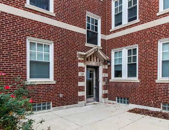 727 Limit Ave. 1-2 Beds Apartment for Rent Photo Gallery 1