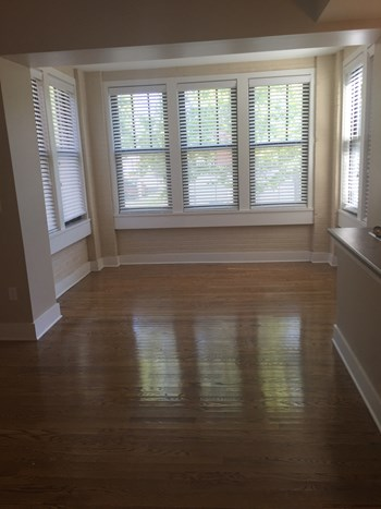 6060 Pershing Ave. 1 Bed Apartment for Rent Photo Gallery 1