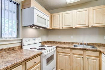 1990 Kimberly Village Lane 1-3 Beds Apartment for Rent Photo Gallery 1