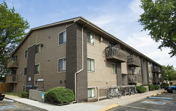 2831 W 27Th Avenue 2 Beds Apartment for Rent Photo Gallery 1