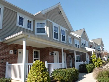 876 Salisbury Court 2 Beds Apartment for Rent Photo Gallery 1