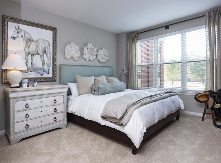 Spacious luxurious bedroom at Riverwood, Atlanta, Georgia