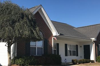 2443 Hurt Drive 2 Beds Apartment for Rent Photo Gallery 1