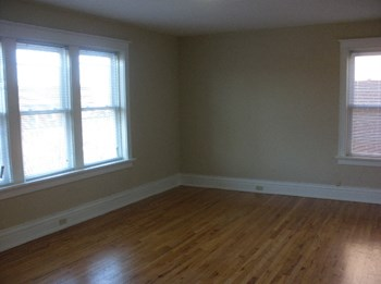 736 Heman Ave. 2 Beds Apartment for Rent Photo Gallery 1