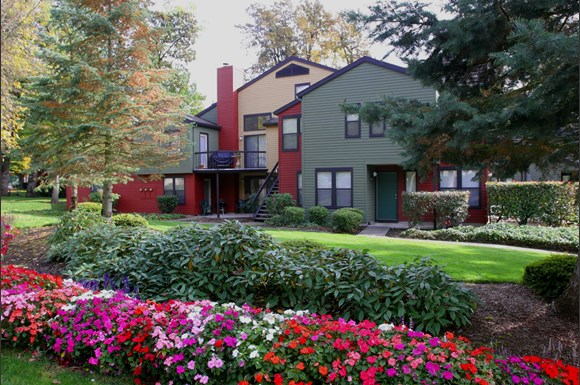 Westlake Meadows Apartments 5300 Parkview Dr Lake Oswego