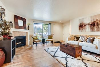 5300 Parkview Dr 1-2 Beds Apartment for Rent Photo Gallery 1
