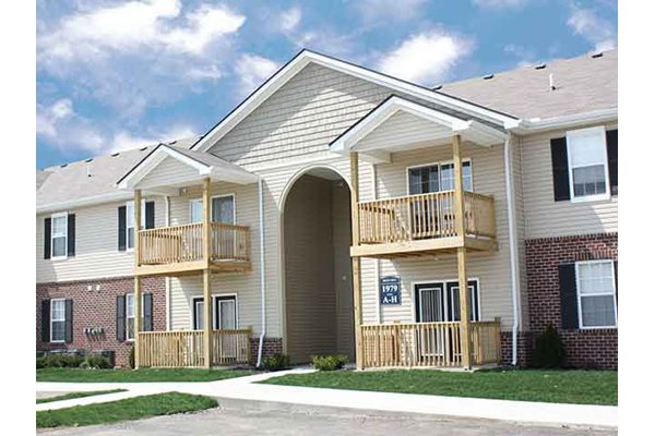 Patios and balconies at Brookfield Village in Grove City, OH