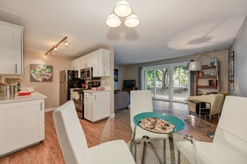 14111 SE 6Th St 1-3 Beds Apartment for Rent Photo Gallery 1