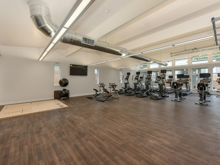 Luxury Apartment Community State of the Art Fitness Complex with Cardio Machines