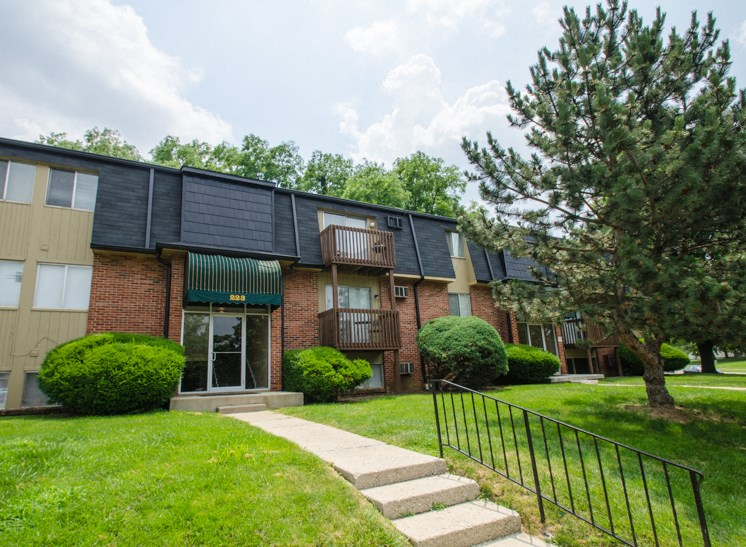 Apartments in Fairborn, OH Office2